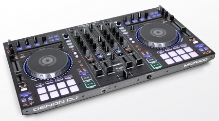 "DENON DJ ""MC7000"" Professioneller DJ Controller mit zwei Audio Interfaces"